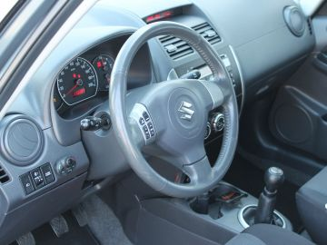Suzuki SX4 1.6 Exclusive Sedan