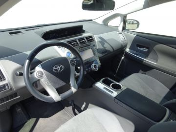 Toyota Prius Wagon 1.8 Dynamic Business Limited