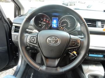 Toyota Avensis 1.6 D-4D WAGON LEASE PRO NAVI + 12 MND BOVAG